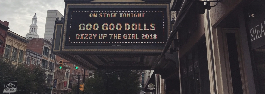 Goo Goo Dolls concert banner Dizzy Up the Girl at Sheas Buffalo